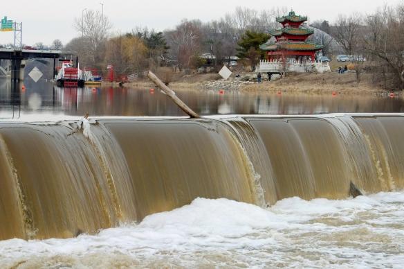 Center Street dam
