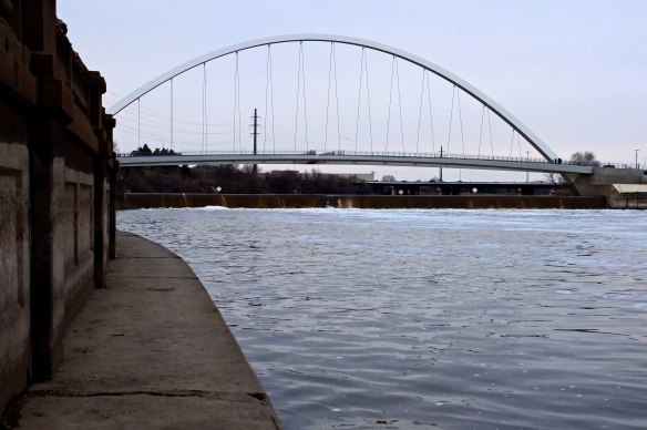 Pedestrian bridge over the Center Street dam