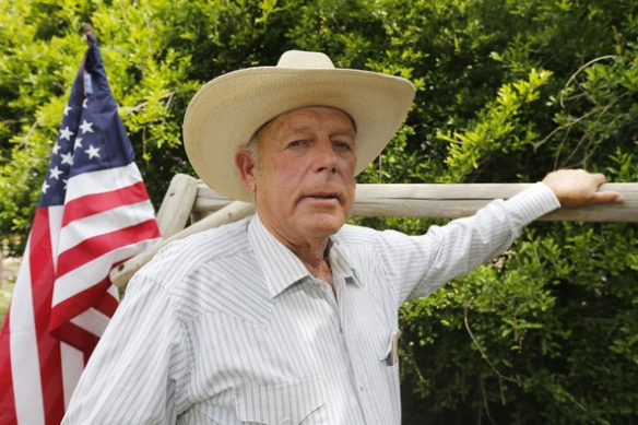 Cliven Bundy (and the flag of the government he doesn't believe in)